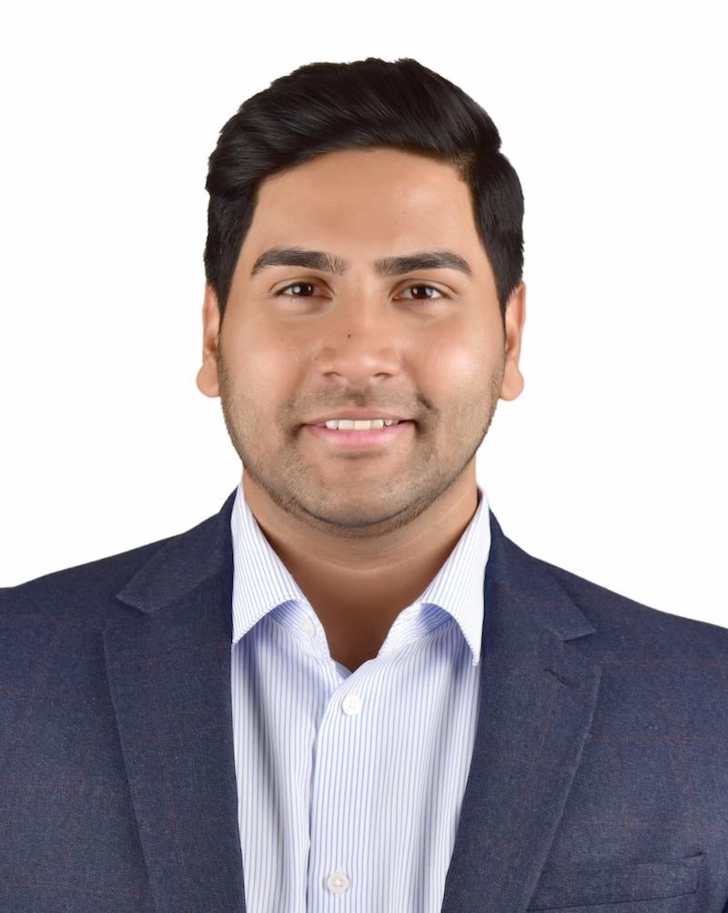 Abhi Kasamneni Tuck MBA Associate